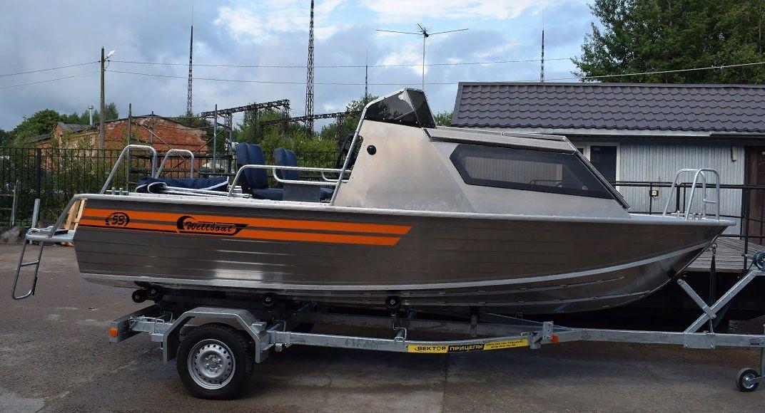 Wellboat 53 с рубкой